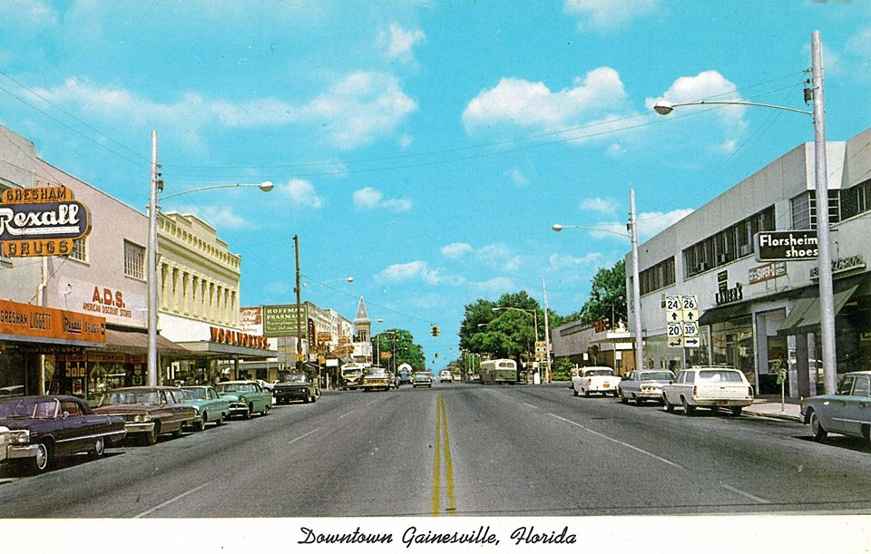 Color postcard of downtown Gainesville in the 1960s