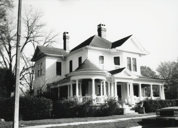Pierce-Bishop House